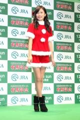 小島瑠璃子 サンタ騎乗位画像2