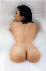 三津谷葉子フルヌード画像4