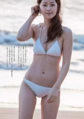 笛木優子セミヌード、ビキニ画像3