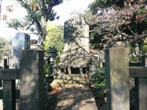 五代目・出羽海の墓