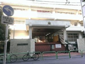 アーツ千代田 3331(旧練成中学校)