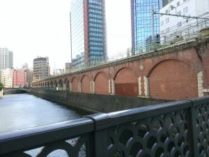 昌平橋から万世橋を臨む
