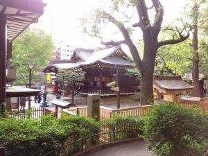熊野神社境内