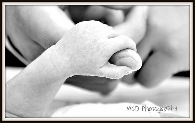 四つ子の母親として世界最高齢記録が誕生か