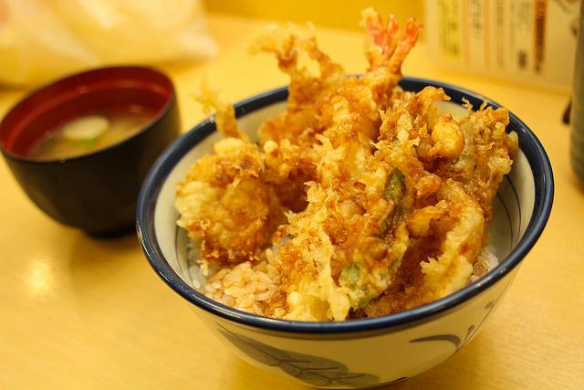 毎月18日は「てんやの日」。天丼が安く食べられる!