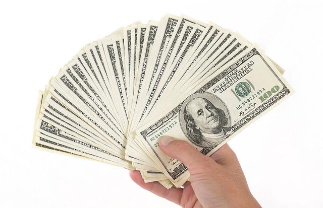 宝くじに1万回当たっても追いつけない…日本で一番のお金持ちはこの人