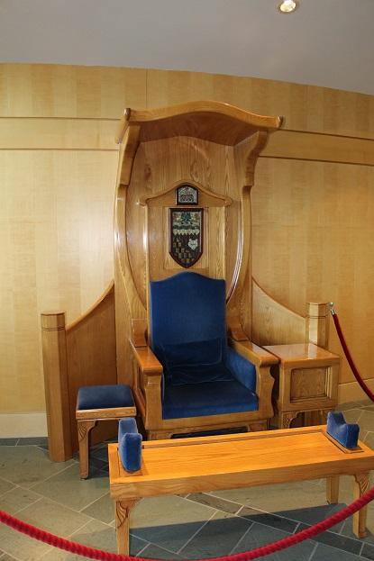 2015カナダ:0210イエローナイフ 州議事堂 内部9