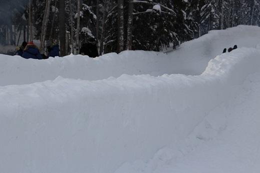 2015カナダ:0211イエローナイフ 滑り台2