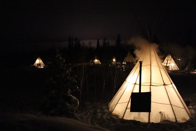 2015カナダ旅行:0212オーロラビレッジ ティーピー
