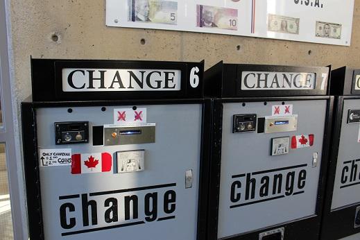 2015カナダ旅行:0213トロント レインボーブリッジ 両替