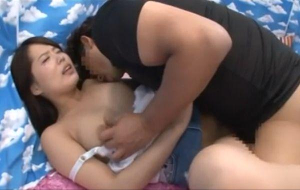 【MM号】「こんな大きいの今まで見たこと無かった」素股がいつしか膣に・・・人生初めての巨根にマジイキするお嬢様