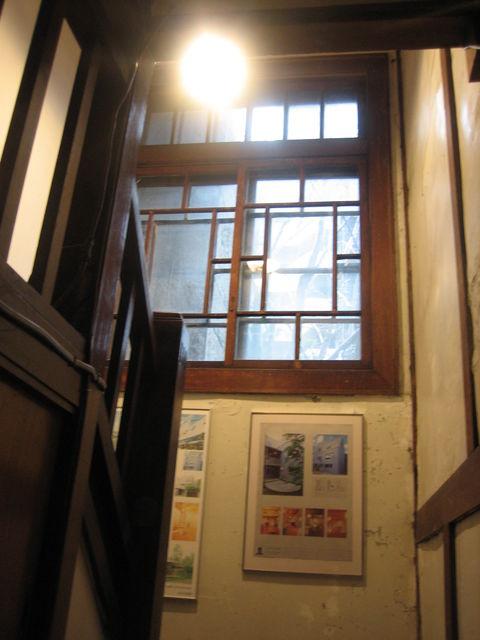 円山の家幽霊階段