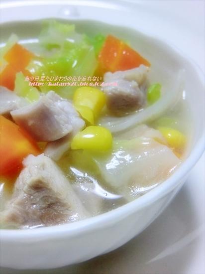 鶏むね肉と春キャベツのスープ煮♪