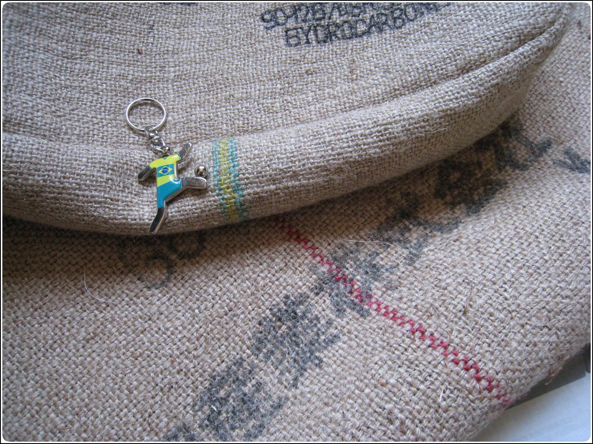 coffeesacks_528.jpg