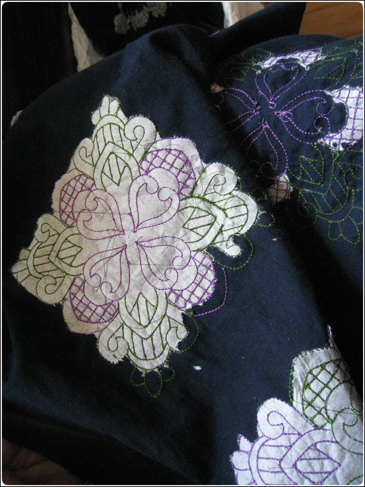 embroidery_3_617.jpg
