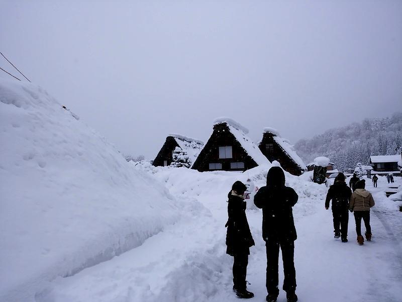 昔はどこにでもみられた日本の冬の風景 白川郷 ⑦