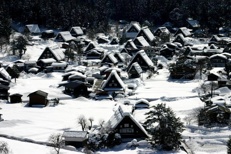 ここは雪が無いと絵にならない白川郷 ⑦