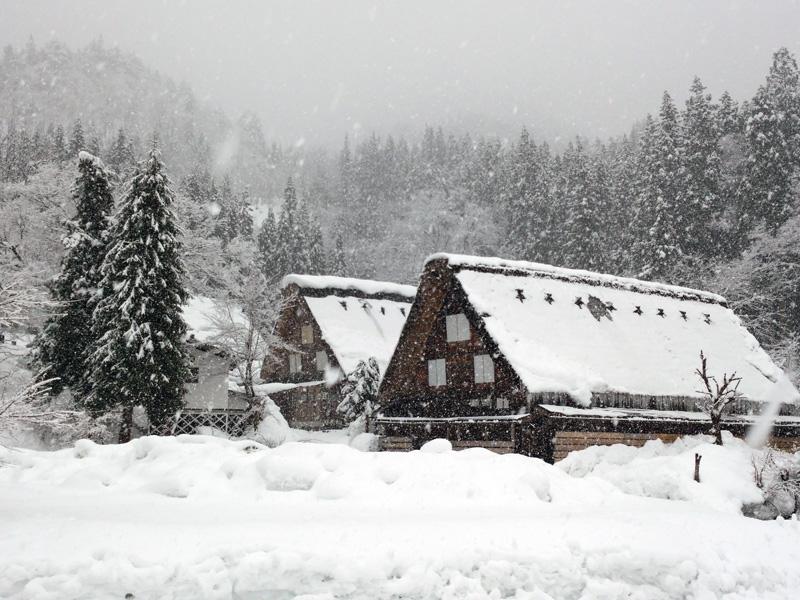 冬の白川郷は寒い、でも、静けさの中だからこそ ⑥