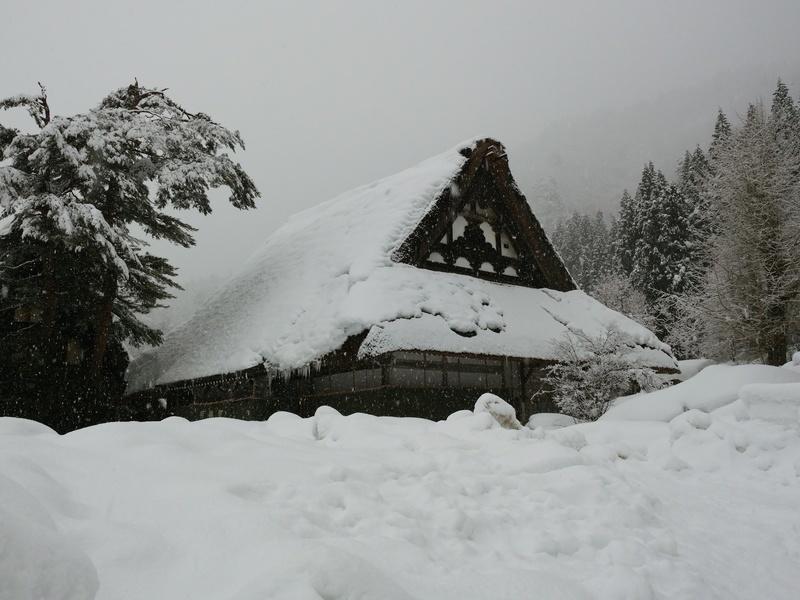 明日1月17日(土)第1回 冬の風物詩!世界遺産「白川郷」雪のライトアップ開催 ⑥