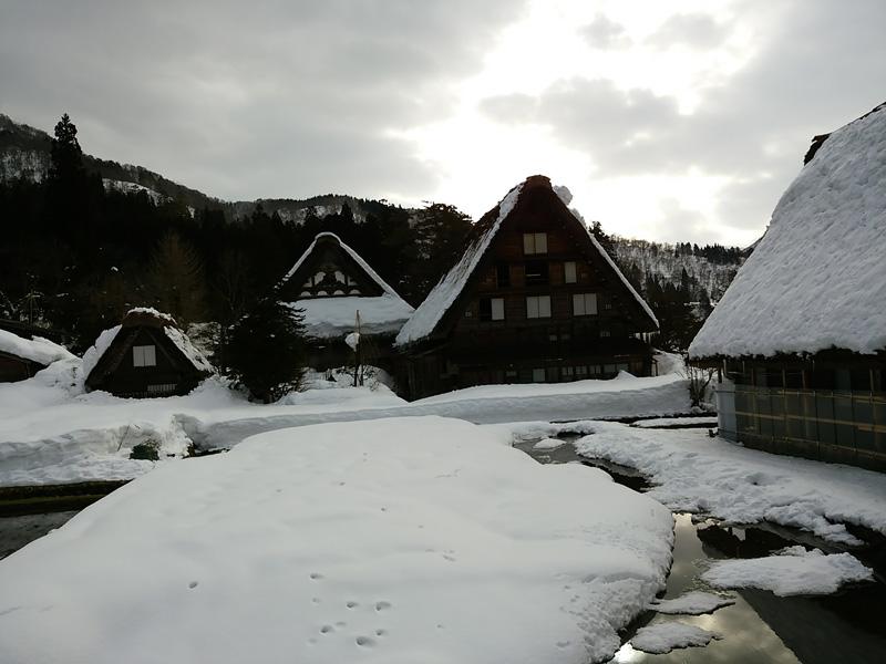 冬の白川郷の雪景色と夜のライトアップ ⑤