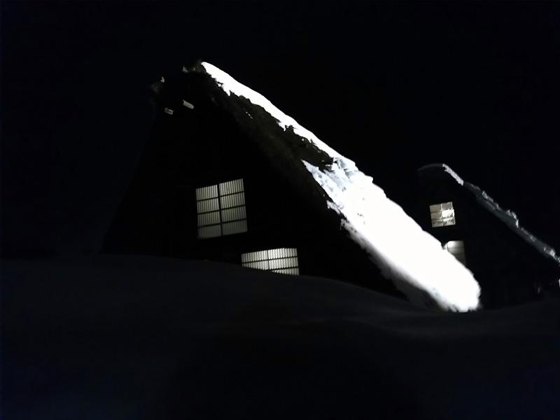 冬の白川郷の雪景色と夜のライトアップ ⑧