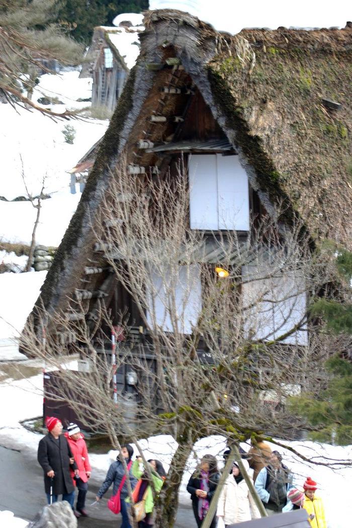 真冬の風物詩 白川郷合掌造り集落のライトアップが1月31日&2月1日始まります ⑧