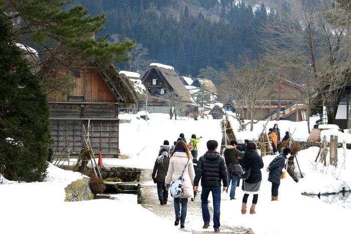 真冬の風物詩 白川郷合掌造り集落のライトアップが1月31日&2月1日始まります ⑨