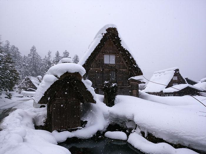 まだまだ冬景色の早春に、ゆっくり白川郷を満喫 ⑤