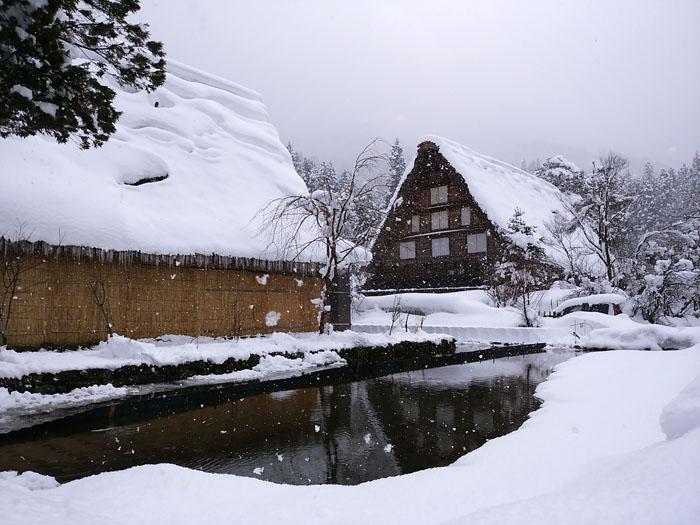 まだまだ冬景色の早春に、ゆっくり白川郷を満喫 ⑥