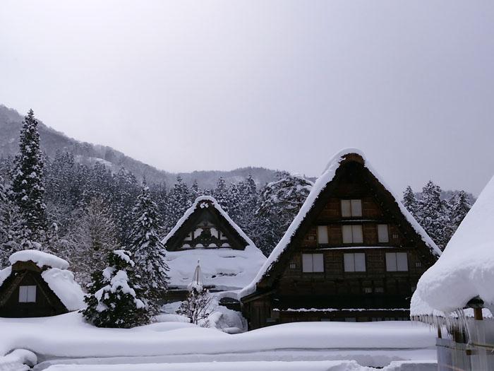 まだまだ冬景色の早春に、ゆっくり白川郷を満喫 ⑦