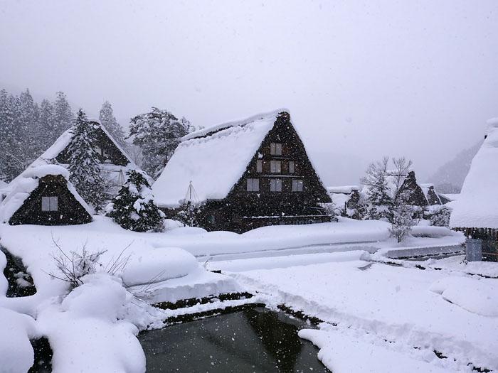 まだまだ冬景色の早春に、ゆっくり白川郷を満喫 ⑧