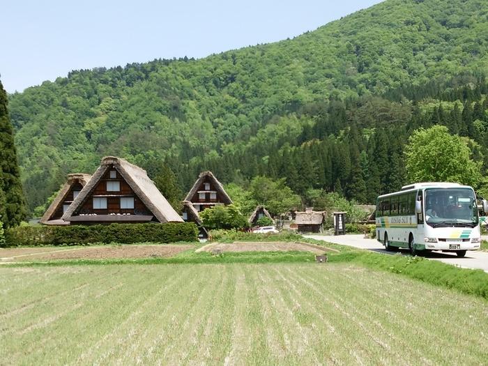 新緑初夏の白川郷を観光 ①