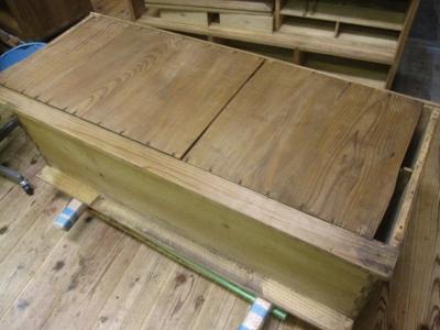 桐たんす修理、本体裏板の割れ