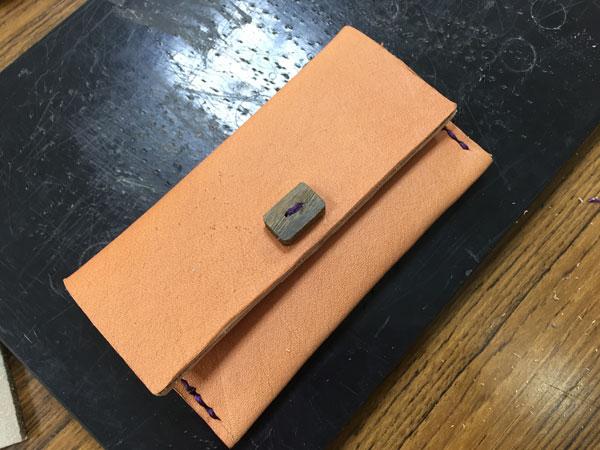 木のボタンのカード/コイン8