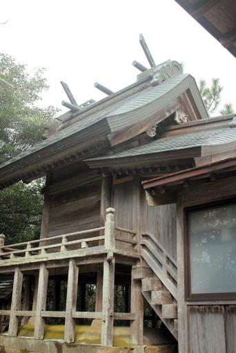 劔神社本殿