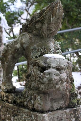 劔神社の狛犬