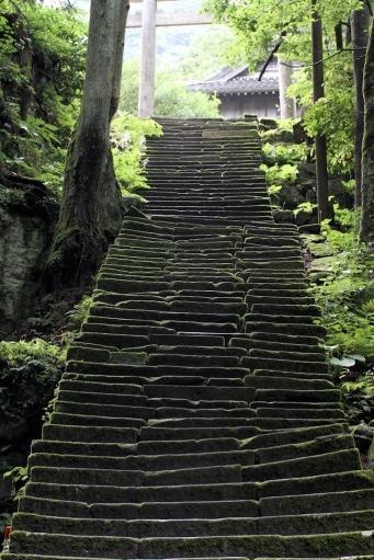 佐毘売山神社の石段