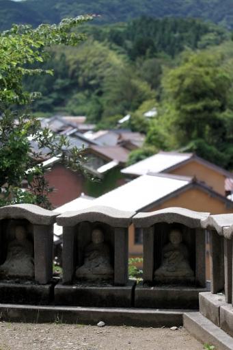 観世音寺の地蔵