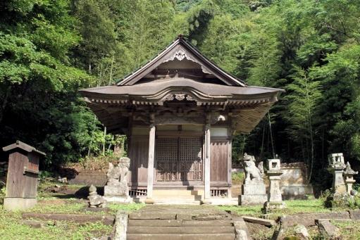 豊栄神社の拝殿
