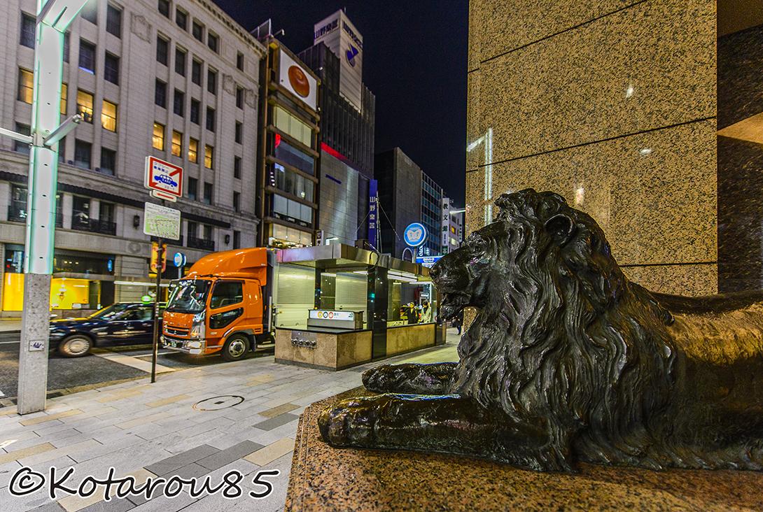 銀座三越前の獅子 20150125
