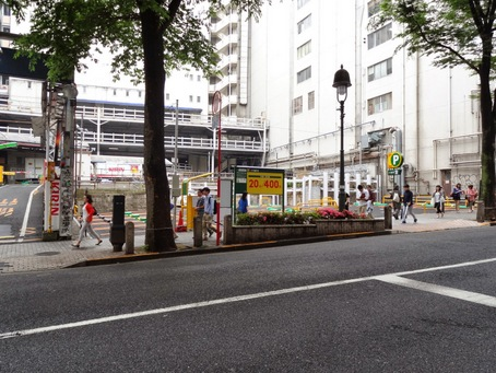 渋谷看板建築11