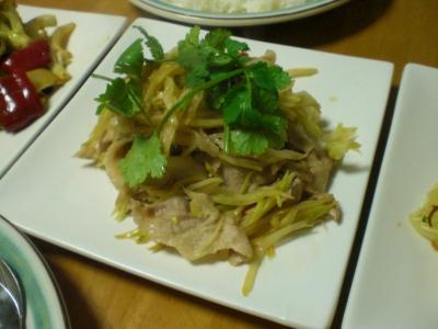 豚肉と青パパイヤの炒め