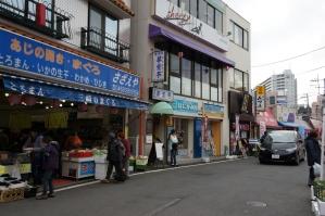 三浦海岸駅前4