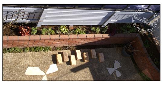 駐車場側フェンス&植栽web用