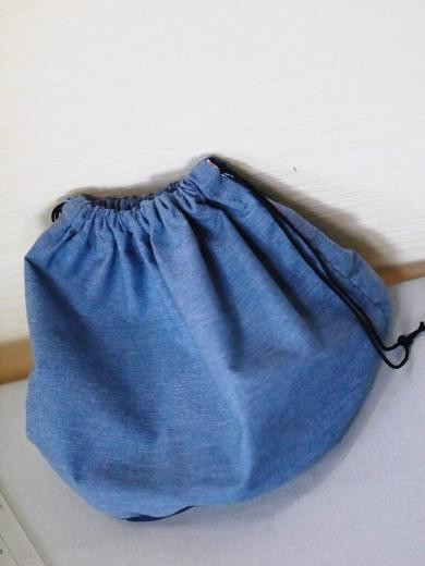 手縫いで、バケツ型バックの内袋