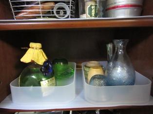 食器棚右8
