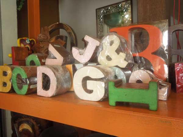 マニャーナのタイポグラフィー雑貨 木製ブロック