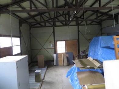 2015_02 17_農業倉庫、空いた・1