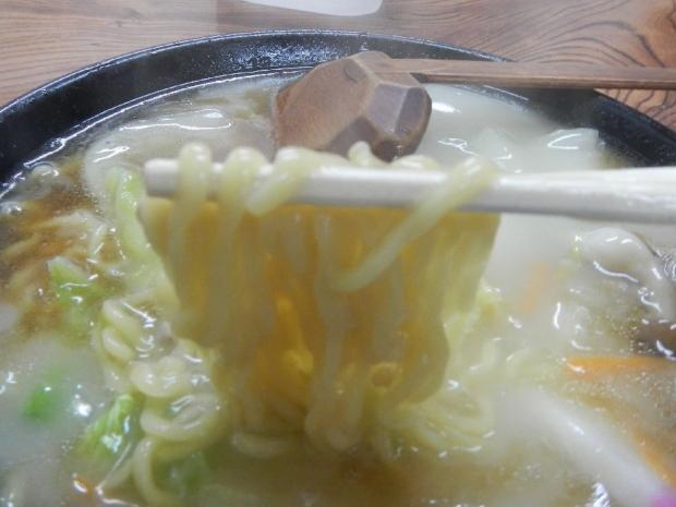 赤城屋うま煮そば (2)