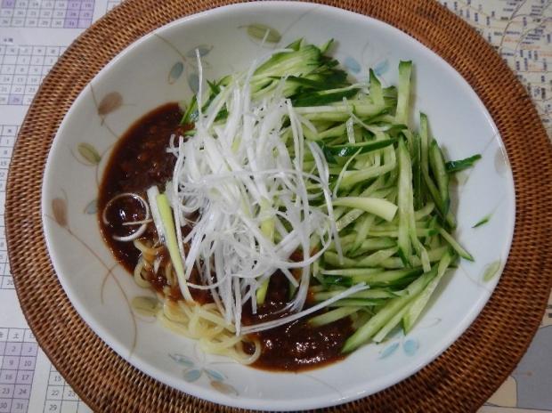 冷やしジャージャー麺@日清 (1)